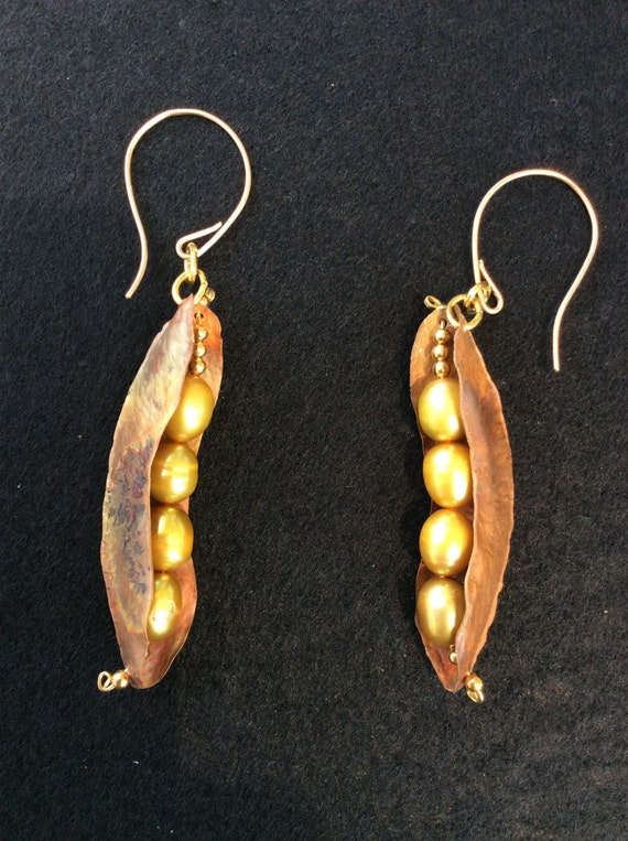 Pea pods, Fold formed earrings, Copper earrings, Hammered copper, earrings and fresh water pearls,yellow pearls, earrings with 14K gold fill