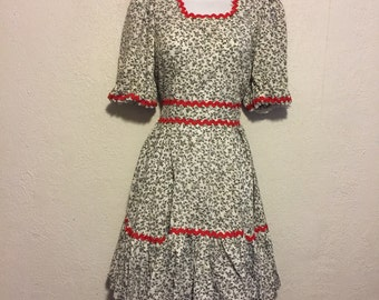 Cute Vintage Dress, Black, White and Red