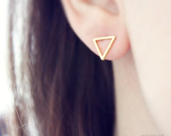 dainty gold triangle studs - minimalist, delicate geometric earrings / / gift for her under 15