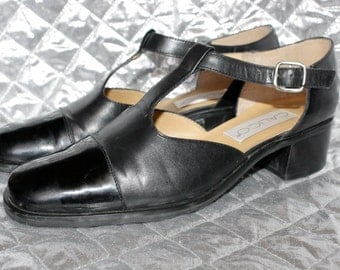 Vintage Leather/ Patent Capped Mary Janes