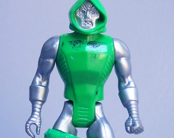 Vintage 1984 Marvel Secret Wars Dr. Doom Figure