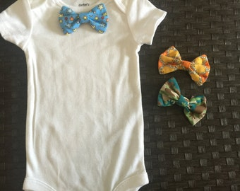 White onesie and interchangeable bow ties set