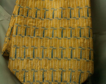 GEOFFREY BEENE Silk Printed Tie