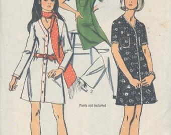 Ladies Sewing Pattern - Vintage 1970 Simplicity - Ladies Dress/shift