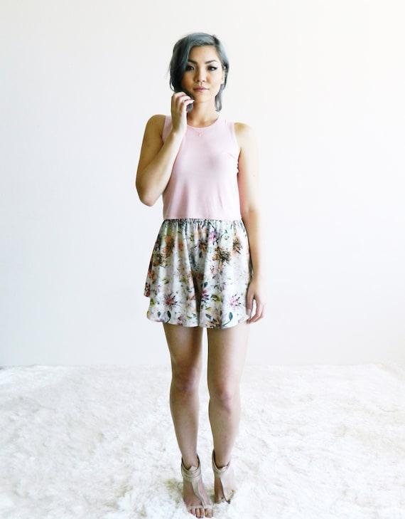 Small Blush Pink Jen Crop Tank / Cropped Tank / Jewel Neckline / High Neck Top / Short Tank / Spring Fashion / Summer Fashion / Trendy Top
