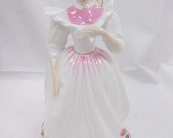 Vintage Doulton November Lady - Figure 0f the Month November # HN 2695, Peggy Davies - 1987 - Fabulous !