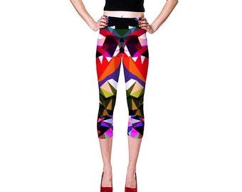 Capri Leggings  /  Patterned Leggings /  Print Leggings / Yoga Capri Leggings / Yoga Pants / Red and Black Leggings / Capri Yoga Pants
