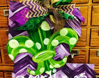 Louisiana Mardi Gras door hanger!