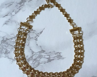 chunky golden chain link necklace | geometric minimalist statement necklace