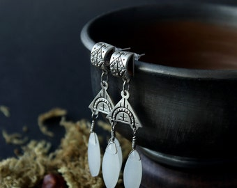 Ethnic Silver white earrings, Silver Boho earrings, silver earrings, Tibetan silver Indian jewelry, Dangle & Drop Earrings, bohemian jewelry