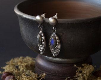 Ethnic Silver labradorite earrings, Silver Boho earrings, silver earrings, silver Indian jewelry, Dangle & Drop Earrings, bohemian jewelry