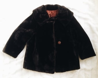 SALE! Vintage Faux Fur Coat with Lining and Pockets