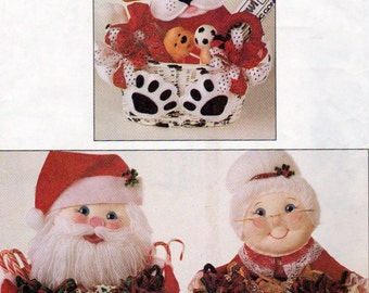 McCall's 7641, Sweets for the Sweet,  Santa and Mrs Claus Treat Basket, Dalmation Treat basket, Snowman Bear Lion and Chicken Treat baskets