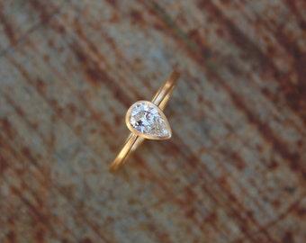 or 18 k anneau avec goutte diamant