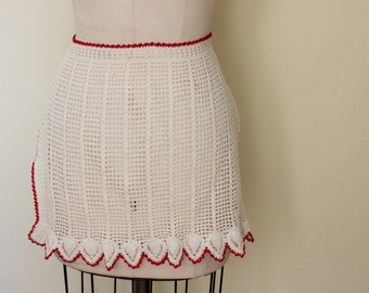 Vintage 1960s Crocheted Apron / White Apron With Red Trim / Red And White / Kitchen Apron / Entertaining