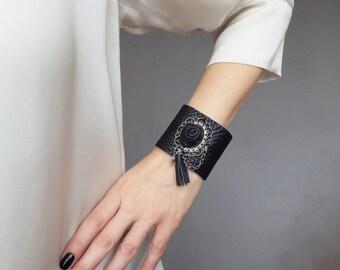 Black leather cuff. Cameo leather bracelet. Steampunk leather cuff.