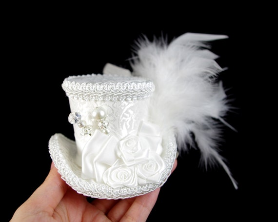 White on Ivory White Rose Small Mini Top Hat Fascinator, Alice in Wonderland, Mad Hatter Tea Party, Derby Hat