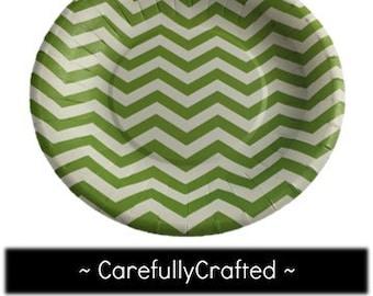 Set of 8 - Paper Plates - Green - Chevron