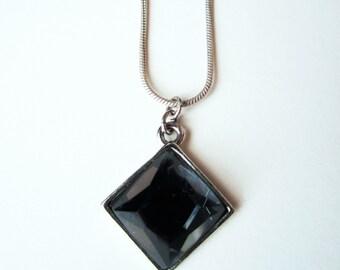 Diamont Shape Necklace