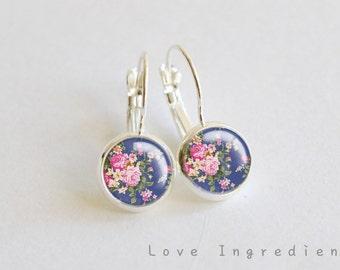 Floral dangle earrings, Vintage floral silver tiny drop earring, friendship earrings, Post earrings, gift for her girlfriend, rustic DE004
