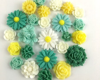 25 pcs resin cabochon flowers mix ,11mm to 25mm,#FL 116