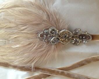 Beige 1920s Headpiece, Gatsby Headpiece, Flapper Dress Headband, Silver Flapper Dress, Silver Dresses 1920s Metallic Headpiece