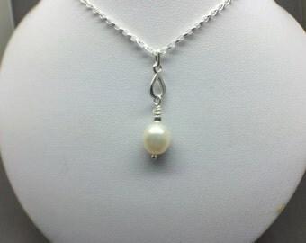 Pearl Sterling Silver Teardrop Necklace, White Pearl Pendant, Modern Pearl Jewelry, Teardrop Necklace, Wedding Jewellery, Freshwater Pearl