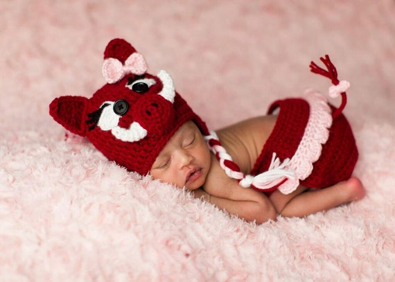 Newborn Arkansas Razorback Crochet Baby Hat And Diaper Cover