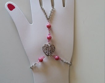 Romantic Filigree Heart Hand Chain Slave Bracelet
