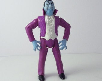 Ghostbusters Dracula Monster Vampire Action Figure Toy Kenner 1986 (Shows Some Wear)