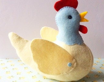 Hen Softie PDF Sewing Pattern and Tutorial, Instant Download, Easy Step-by-Step Instructions - Felt Chicken