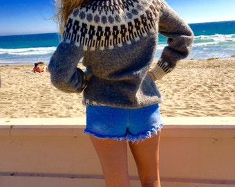 100% wool sweater, Free US shipping