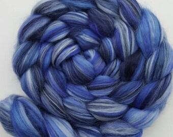 Merino-Silk Wool Roving / Combed Top / Wool in Ocean  - 4 ounces