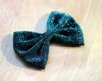 "4.5"" Shimmering dark green hair bow, green Christmas hair bow, green bow, dark green hair bow, holiday hair bow, Christmas girls hairbow"