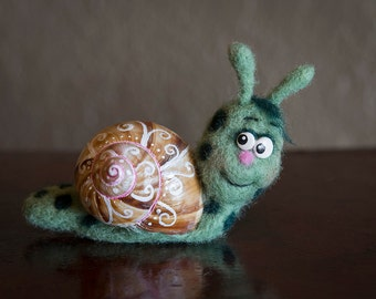 Funny Needle Felted Fiber Art Animal ~ Silly Snail