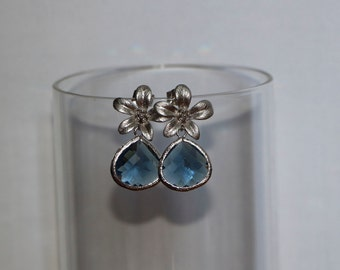 Free Shipping. Silver Flower Earrings with Blue Faceted Crystal pendant. Hand made