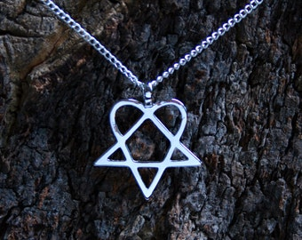 Heartagram Pendant ~ Heartagram set on a silver plated  chain OR a leather thong (choose color) with silver plated ends & extension chain