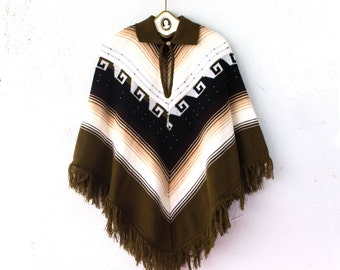 Vintage 70s Boho Festival Fringe Poncho // Brown Black White Graphic Western Collar Sweater Cape