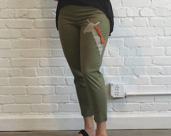 1950s High Waisted Khaki Pants // 50s High Waisted Capris // Vintage 1950s Giraffe Pants