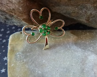 Vintage Shamrock with Green Rhinestones St Patrick's Brooch Signed Beatrix pre-l975