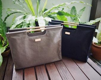 A3 Porftfolio/Folder Canvas Bag with Wooden Handles