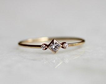 14k Square Diamond Ring, Diamond Shape Ring, Daint Engagement Ring, Thin Ring, Simplistic Jewelry, Minimal, Geometric Ring, Princess Cut