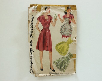 Simplicity 1159 · sz 14, bust 32 · 1940s Dress with Button-On Aprons Pattern