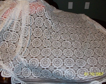 Lace tablecloths - white and ivory