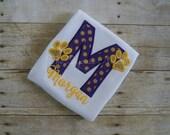 Girls LSU Paw Print Applique Shirt Bodysuit, LSU Tigers Shirt, Purple and Gold, LSU Baby Gift, lsu Baby Bodysuit, Paw Print Shirt, Girls lsu