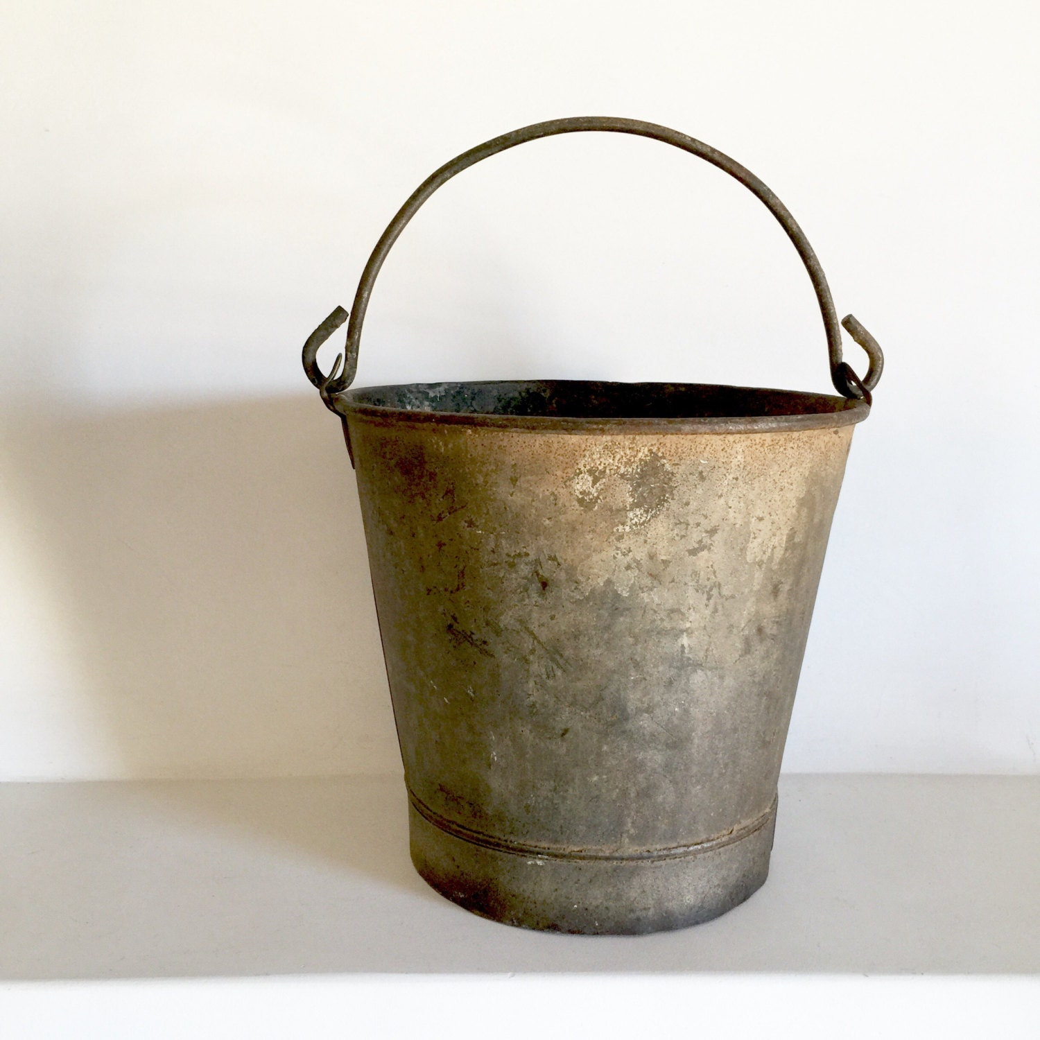 French antique metal bucket amazing patina rustic for Galvanized well bucket