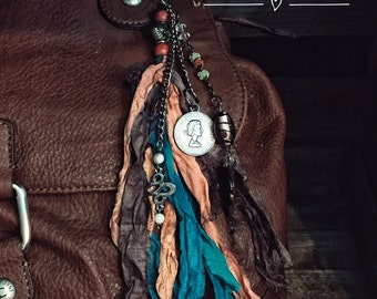 VINTAGE CHARM Purse Tassel, Beaded Tassel, Gypsy, Gypsy Jewelry, Tassel, Boho, Bohemian, Purse Charm, Purse Accessory, Tribal Jewelry