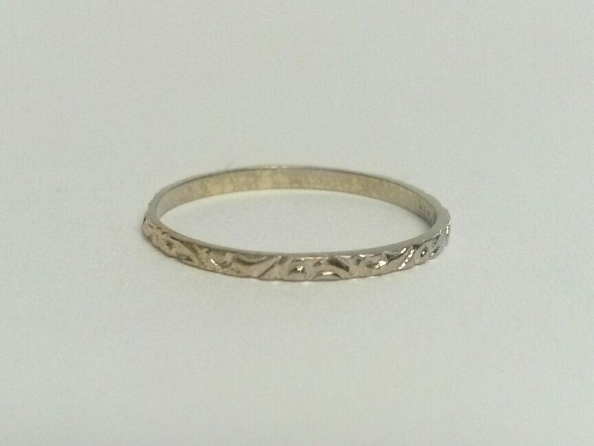 size 3 25 estate 14k white gold baby midi ring antique style