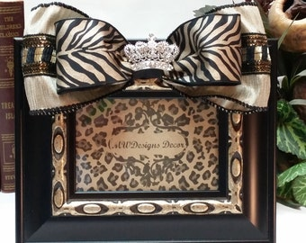 4x6in. Decorative Black and Champagne Gold Frame with Bow and Brooch