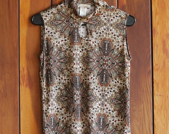 90s does 70s Brown Sleeveless Paisley Print Top
